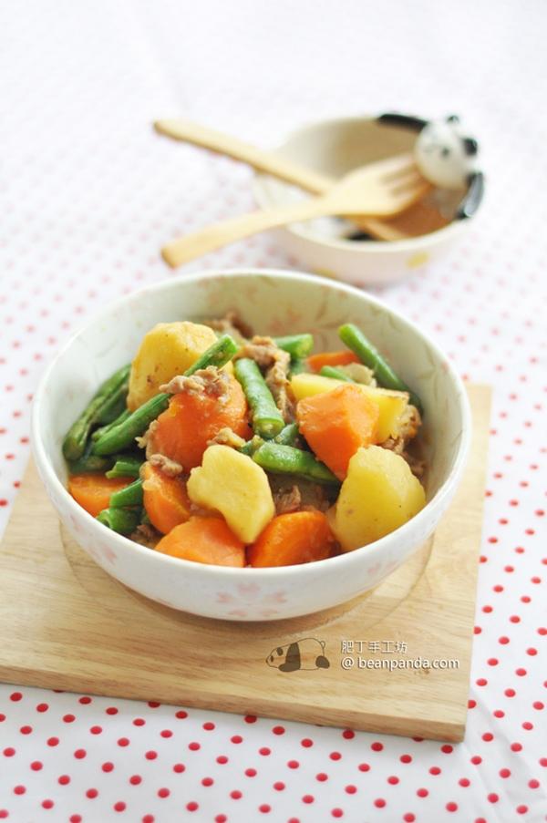 薯仔紅蘿蔔燉肉【日式家庭菜】Potato Carrot Stew