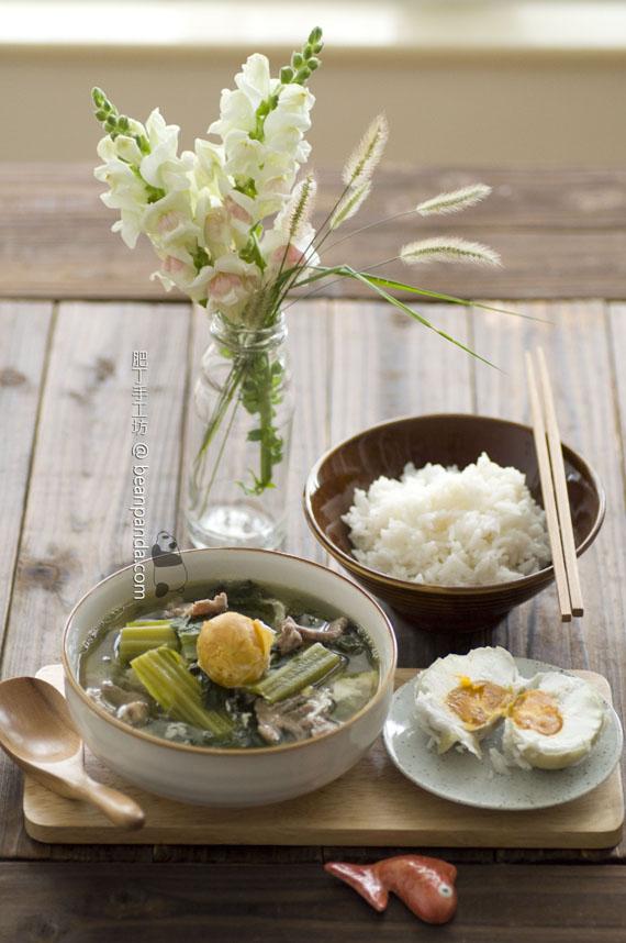 芥菜鹹蛋肉片湯【十月芥菜】Mustard Green Salted Egg Soup