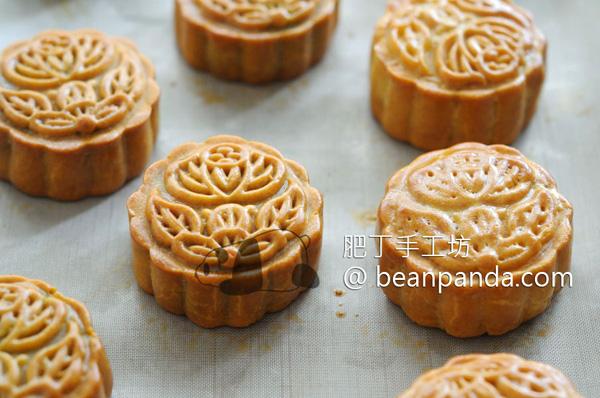 traditional_mooncake_example