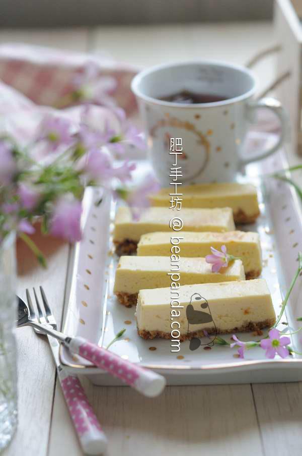 奶油起司蛋糕條 簡單靈活的宴客甜點 Cheesecake Bar Recipe