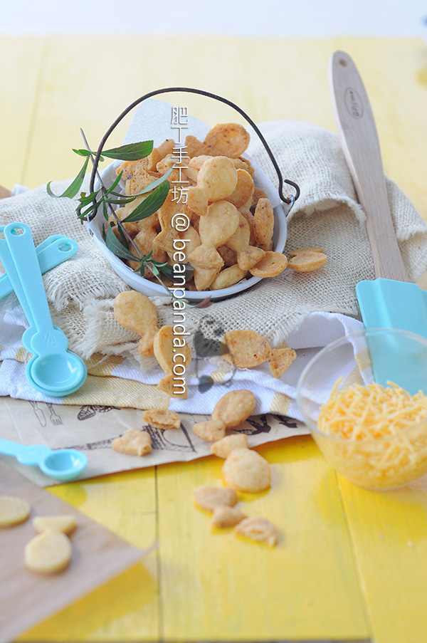 gold_fish_crackers_01