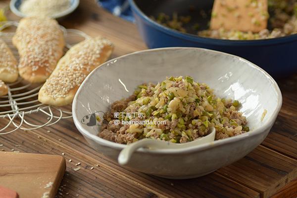 黃豆芽炒肉末【芝麻燒餅的最佳搭檔】Stir-fry Minced Pork with Soybean Sprouts Recipe