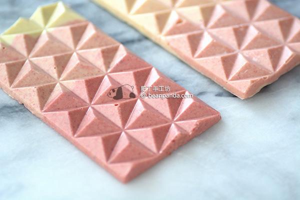 充滿仙氣的漸層草莓巧克力片 凍乾甜心草莓粉嫩配色  Gradient Pink Chocolate Freeze-dried Strawberry